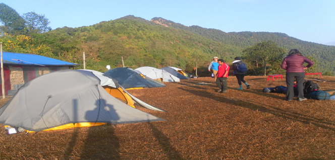 Camping in Nature -  himaland.com