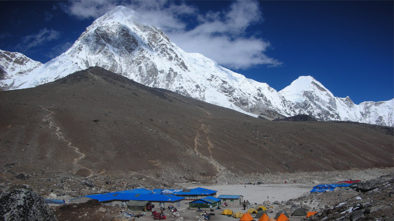 Gorakshep, lodge in Khumbu glacier -  himaland.com