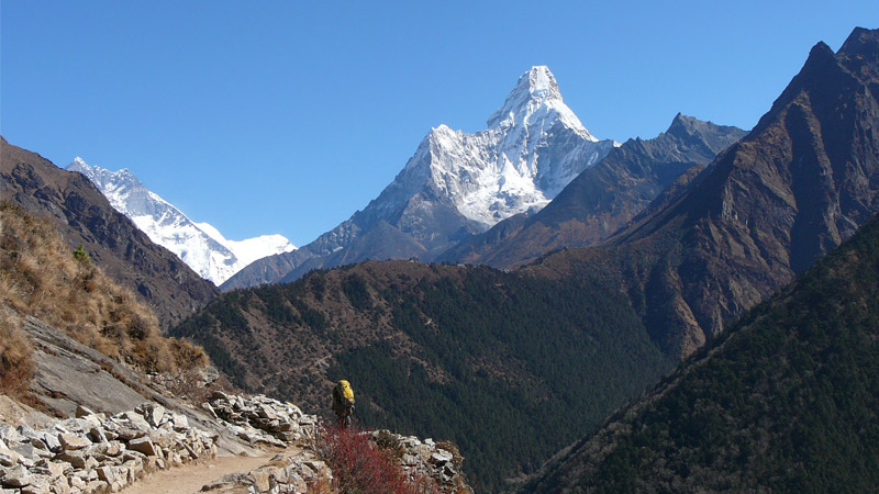 Photogenic Amadablam trek -  himaland.com