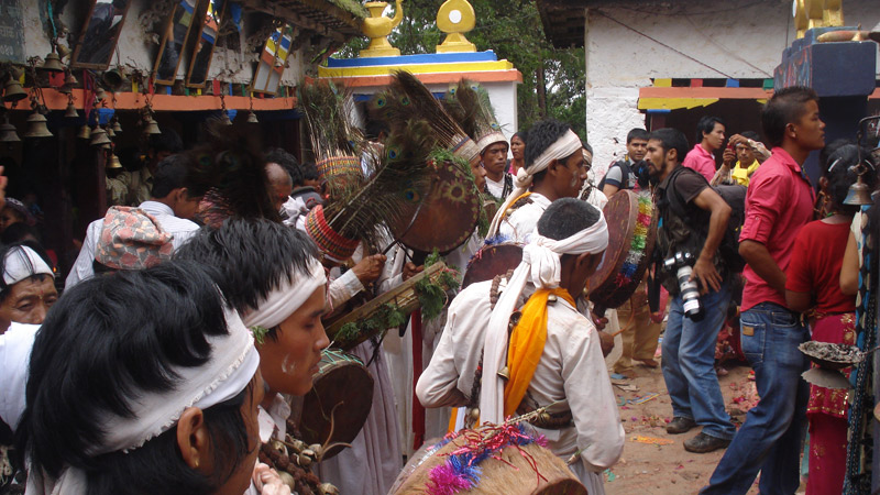 Shamans in Narayan Temple -  himaland.com